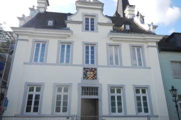 Sanierung des Rathauses in Krefeld Uerdingen