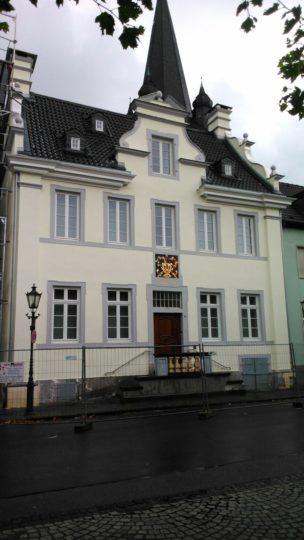 Sanierung des alten Rathauses in Krefeld Uerdingen